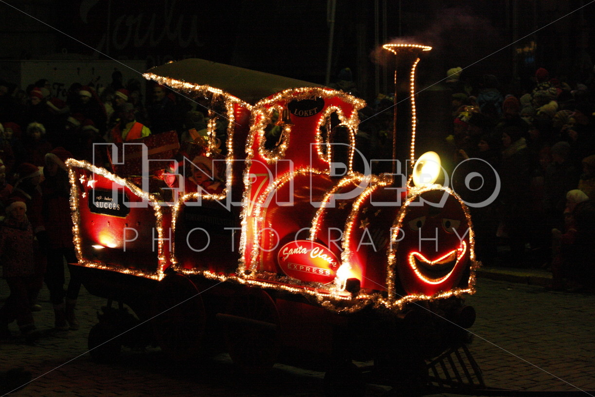 Christmas Train - Henri Pero Photography