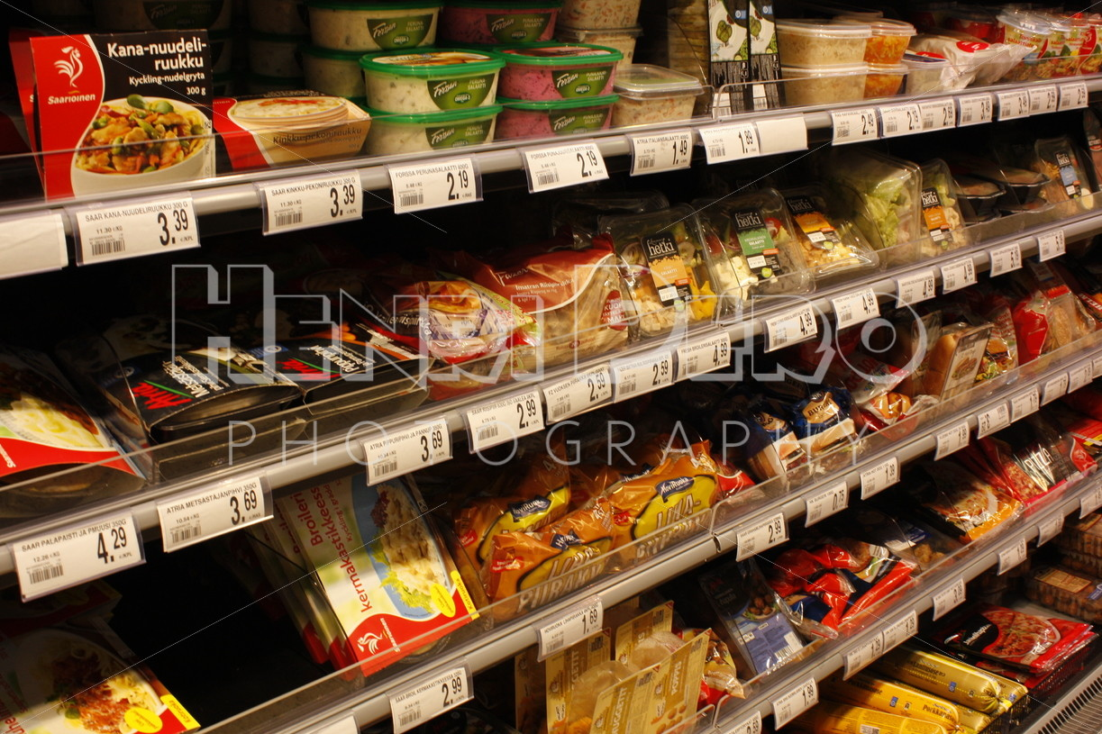 Grocery Store - Henri Pero Photography