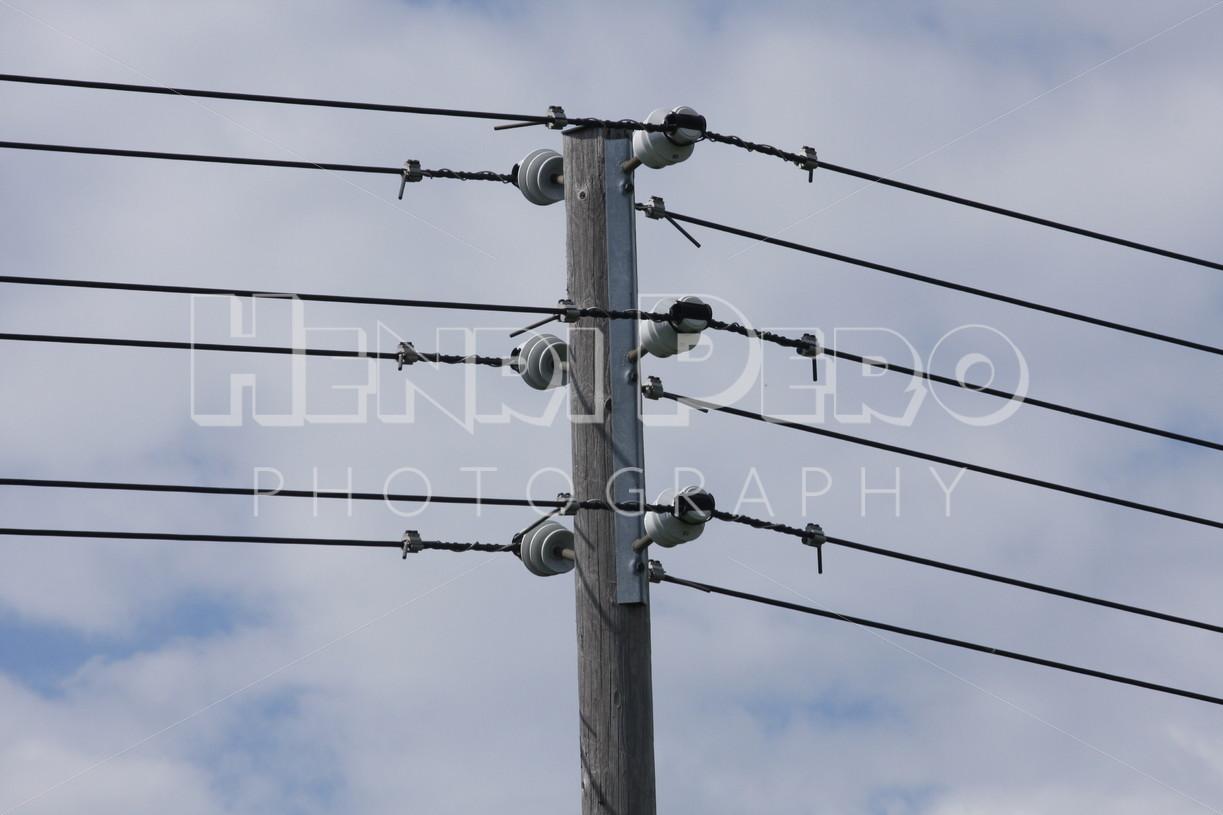 Electricity post - Henri Pero Photography