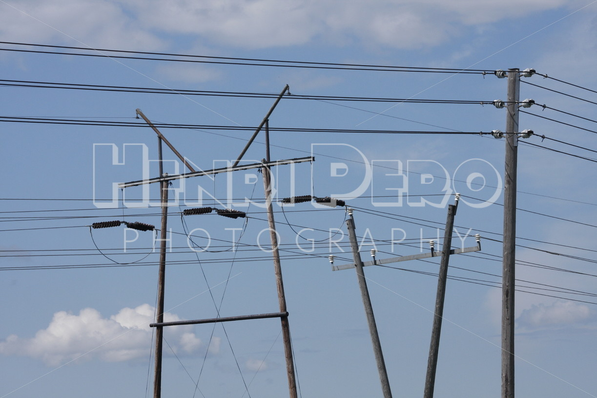 Utility pole - Henri Pero Photography