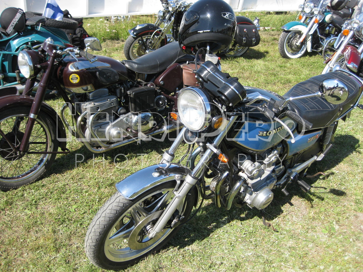 Vintage Motorcycles - Henri Pero Photography