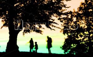 Family Watching Sunset - Henri Pero Photography